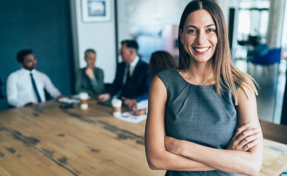 Qué significa CEO en una empresa: Además COO, CMO, CFO, CIO, CTO, CCO y CDO