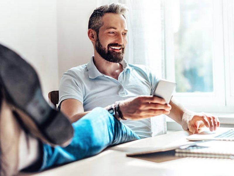 Cómo ganar dinero por internet 【7 Formas de hacerlo】