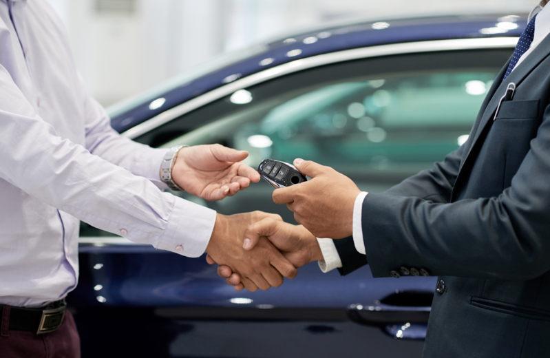 Deducción de coche por empresa (cómo funciona)
